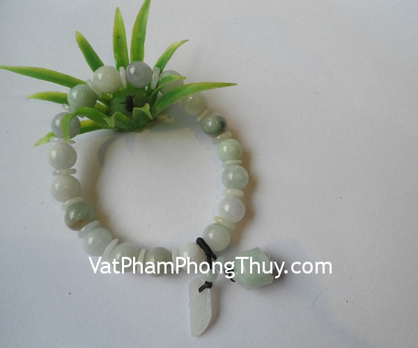 chuoi-mau-don-treo-s6154-1